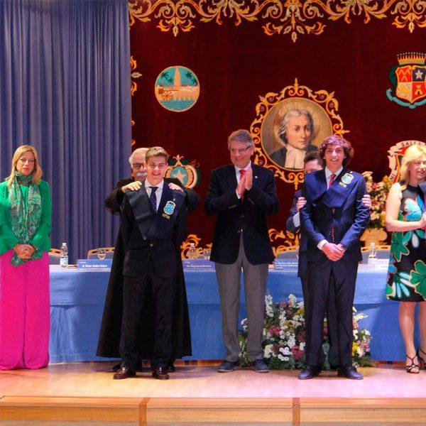 Graduaciones imposición de becas