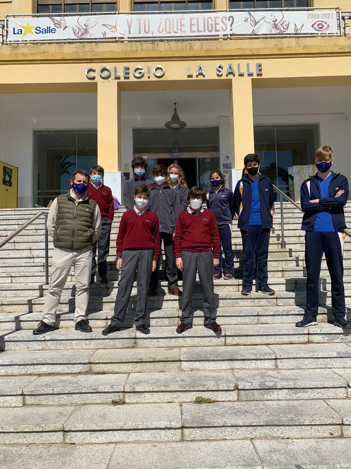 Alumnos que se presentaron a la Olimpiada Matemática Thales.